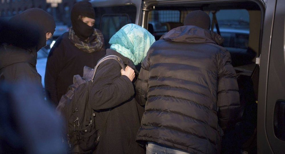 Berlin'de operasyon: 2 Türk gözaltında