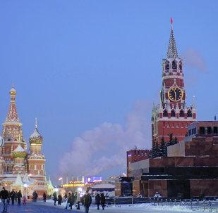 Kremlin Sarayı, Kızıl Meydan