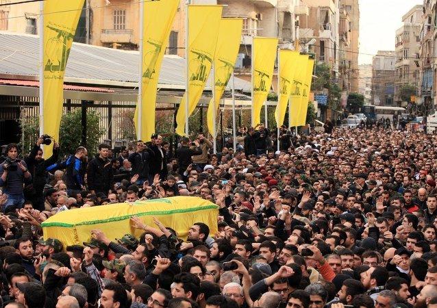 İsrail'in Hizbullah aracına saldırısı
