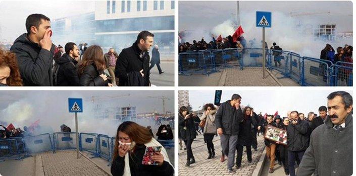 Ali İsmail Korkmaz davasında adliye önünde kararı protesto eden katılımcılara, polisten gazlı müdahale geldi.