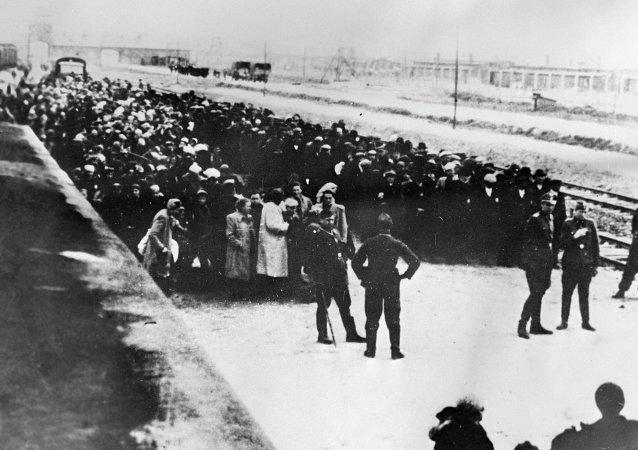 Nazi toplama kampı Auschwitz