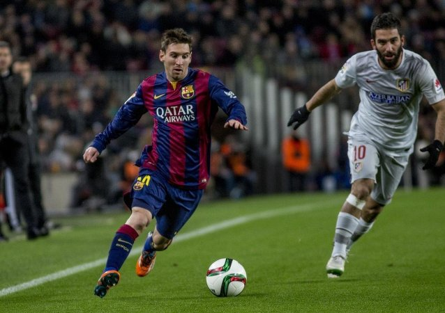 Lionel Messi-Arda Turan