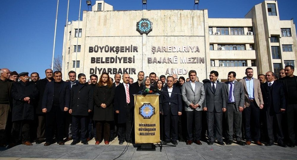 Diyarbakır'da 'elektrik' gerilimi