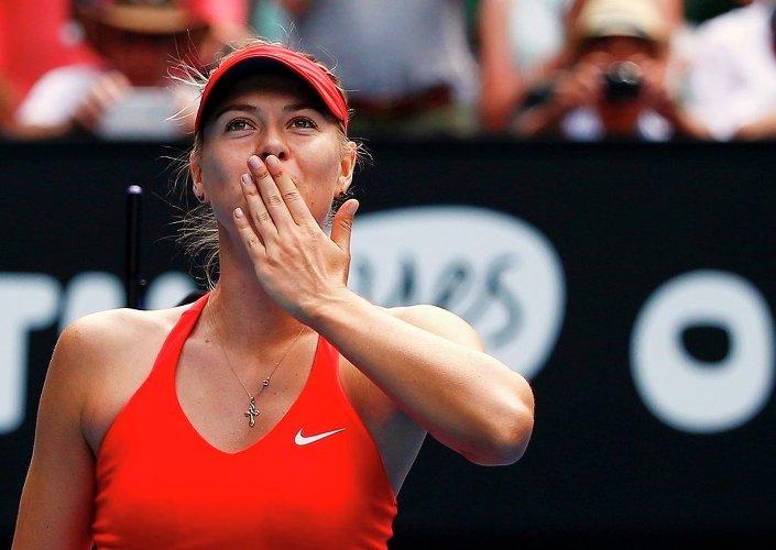 Maria Sharapova, çeyrek final mücadelesi verdiği Shuai Peng karşısında zorlanmadı.