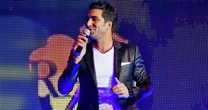 Şarkıcı Adil Karaca, Radyo Sputnik'te Süheyla Demir'in sunduğu Radyo Sohbetleri programına konuk oldu.
