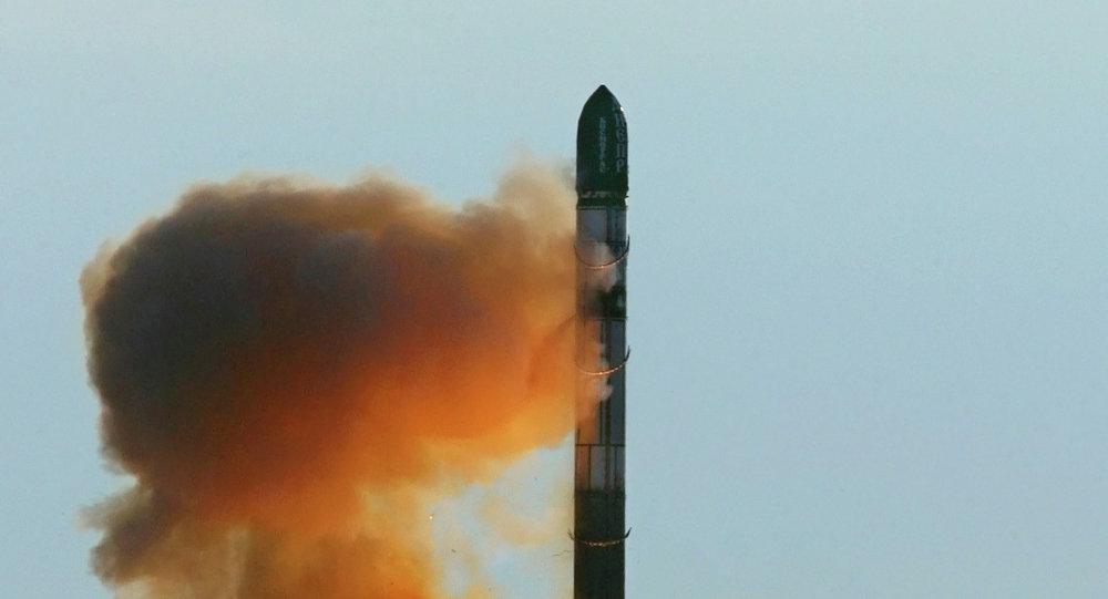 RS-20 füzesinin fırlatılışı