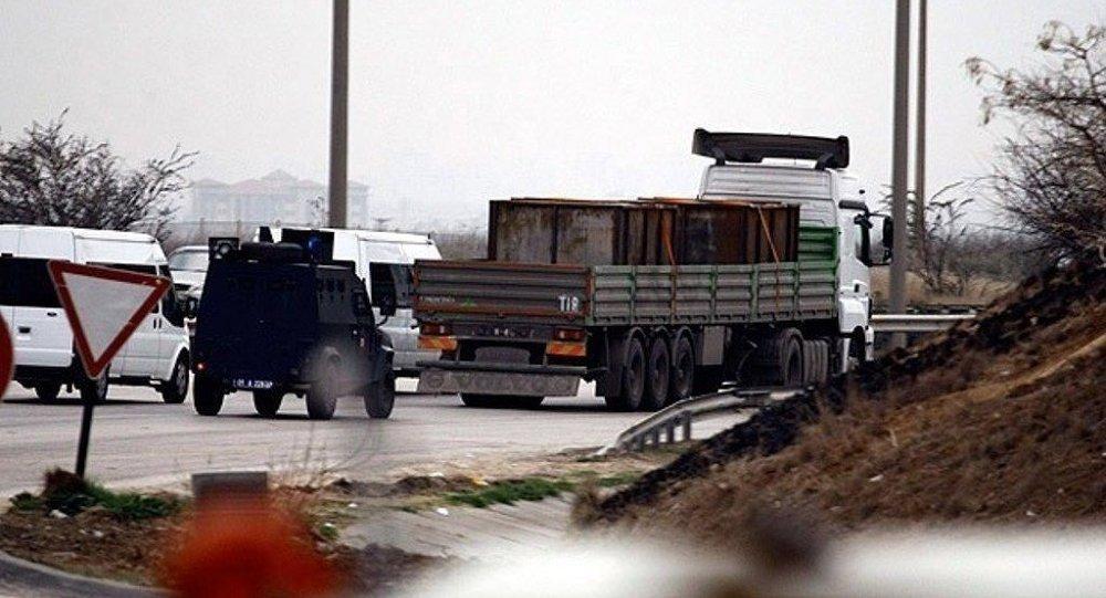 Adana'da durdurulan MİT tırları