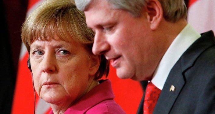 Almanya Başbakanı Angela Merkel, Kanada Başbakanı Stephen Joseph Harper