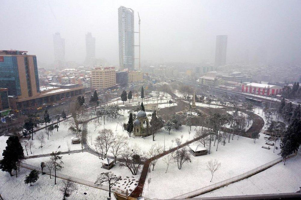 İstanbul'da kar kar yağısı
