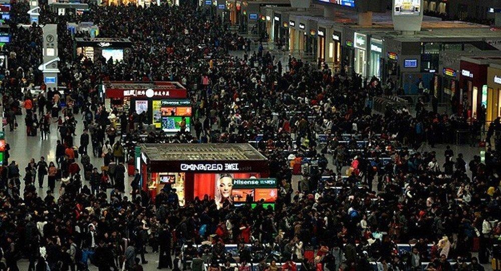 dünya nüfusu ile ilgili görsel sonucu