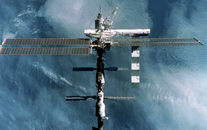 'Uzayda bitki gibi uzadım' diyen astronot kendini düzeltti: 9 değil 2 cm