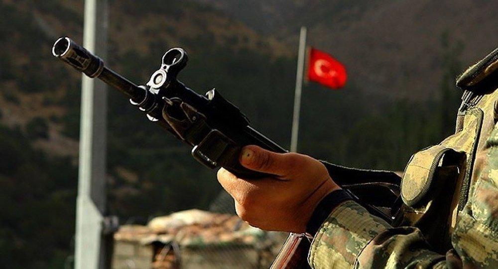 Türk asker