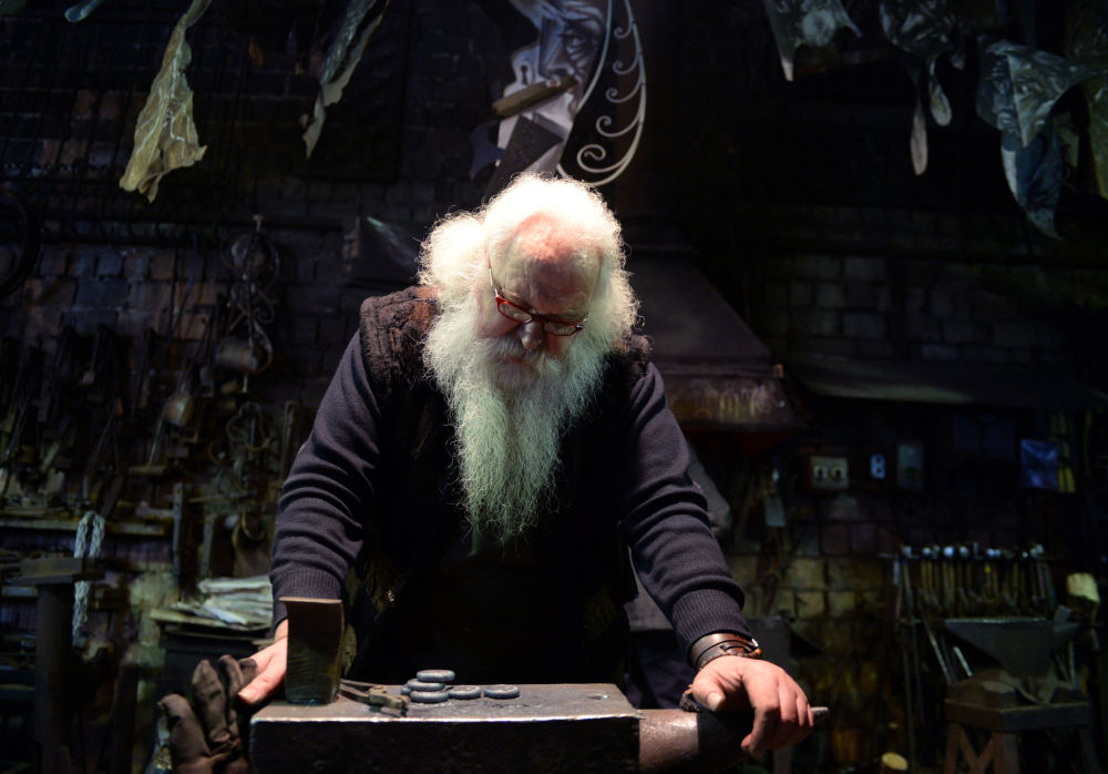 Rus demirci ustası Alexander Lısyakov