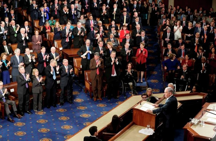 İsrail Başbakanı Netanyahu, Kongre'deki Cumhuriyetçiler tarafından ayakta alkışlandı.
