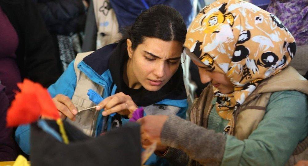 Tuba Büyüküstün, Zateri Mülteci Kampı'nda