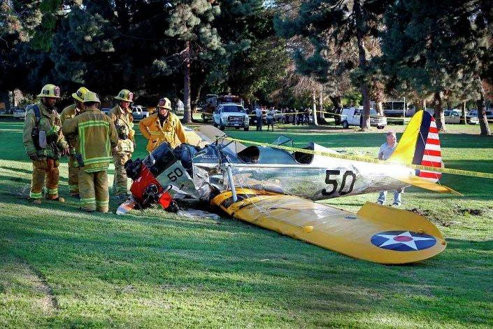 Harrison Ford'un 2015'te antika uçağı ile yaptığı kaza