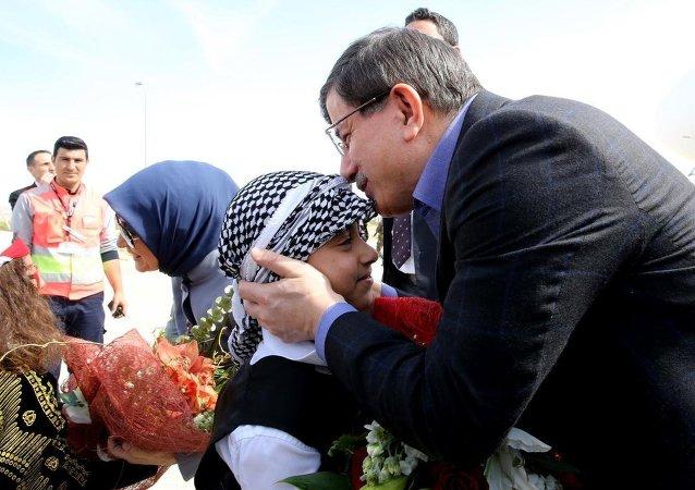 Türkiye Başbakanı Ahmet Davutoğlu Mardin'de