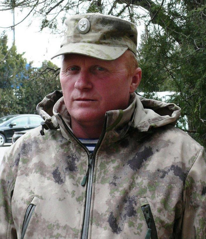 Milis Aleksey Bobliy,  Kırım'daki parlamento ve hükümet binalarına Rusya bayraklarının asıldığı gün yaşananları paylaştı.