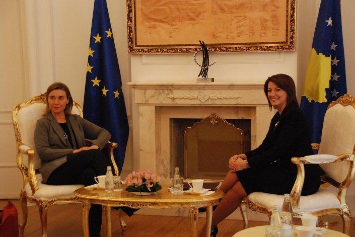 AB Dış İlişkiler ve Güvenlik Politikası Yüksek Temsilcisi Federica Mogherini, Kosova Cumhubaşkanı Atifete Yahyaga tarafından da kabul edildi.