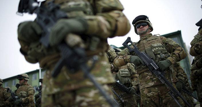 NATO askerleri