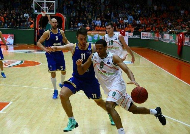 Khimki - Banvit basketbol takımları