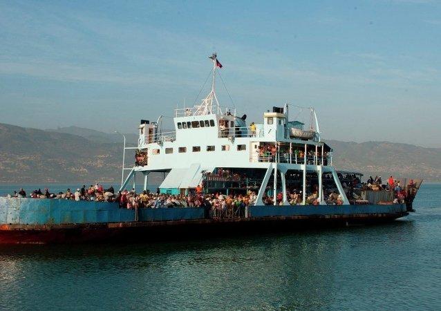 Göçmen gemisi Haiti