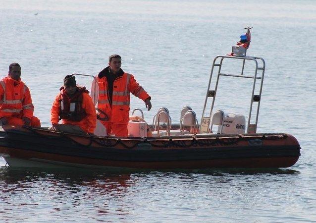 Balıkesir'de balıkçı  teknesi battı