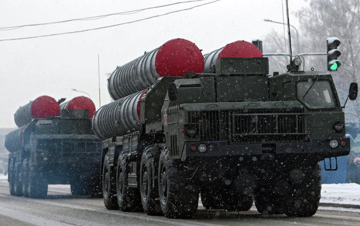 Suriyeli uzman: İsrail, S-300'leri yok etmeye çalışacak