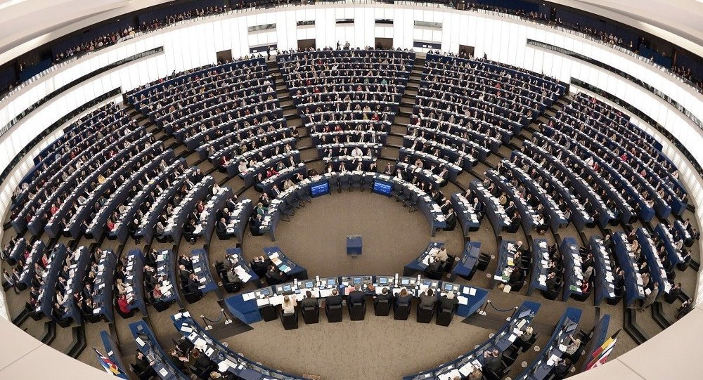 Avrupa Parlamentosu'ndan koronavirüs tedbirlerine onay