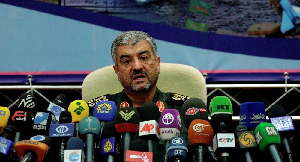 İran Devrim Muhafızları Ordusu komutanlarından Ali Fadavi