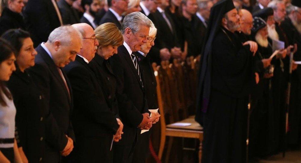 Gauck, 'soykırımı anma töreni'nde