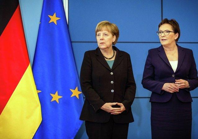 Almanya Başbakanı Angela Merkel ve Polonya Başbakanı Ewa Kopacz