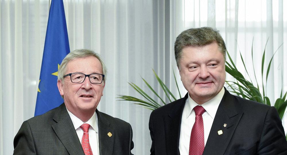 AB Komisyonu Başkanı Jean Claude Juncker ve Ukrayna Devlet Başkanı Pyotr Poroşenko