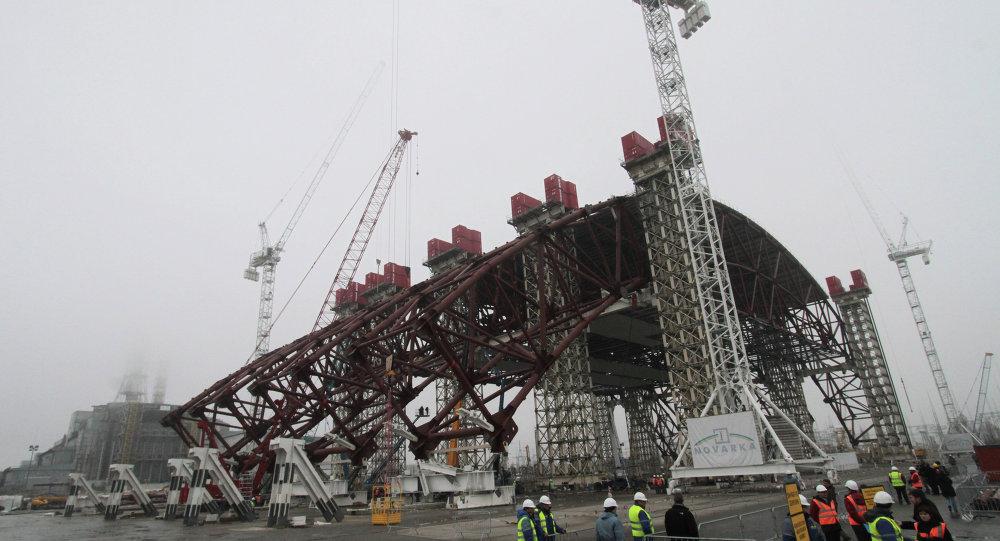 Çernobil'e yeni 'çelik örtü' giydirilecek