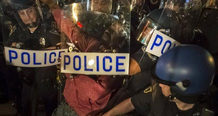 ABD'de polis şiddeti karşıtı gösteriler