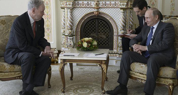 Vladimir Putin & Jean Chretien