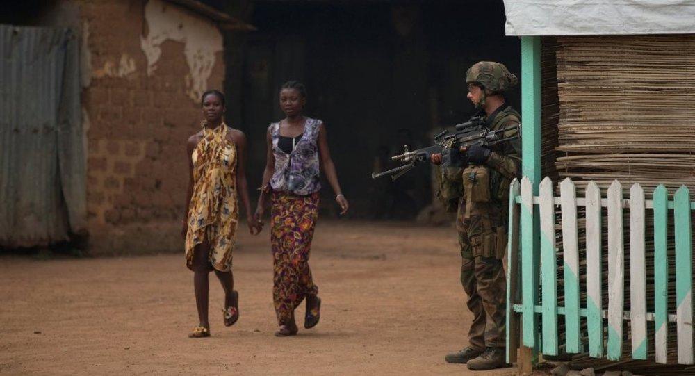 Orta Afrika - Fransız askeri