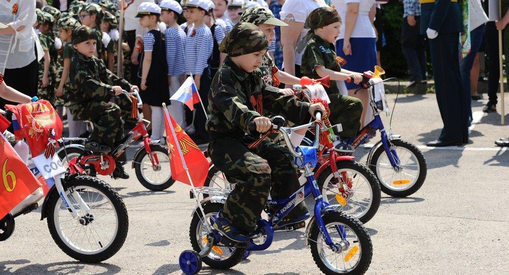 Rusya'nın müstakbel çocuk generalleri