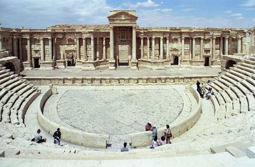 Antik kent Palmira, UNESCO'nun Dünya Kültür Mirası listesinde.