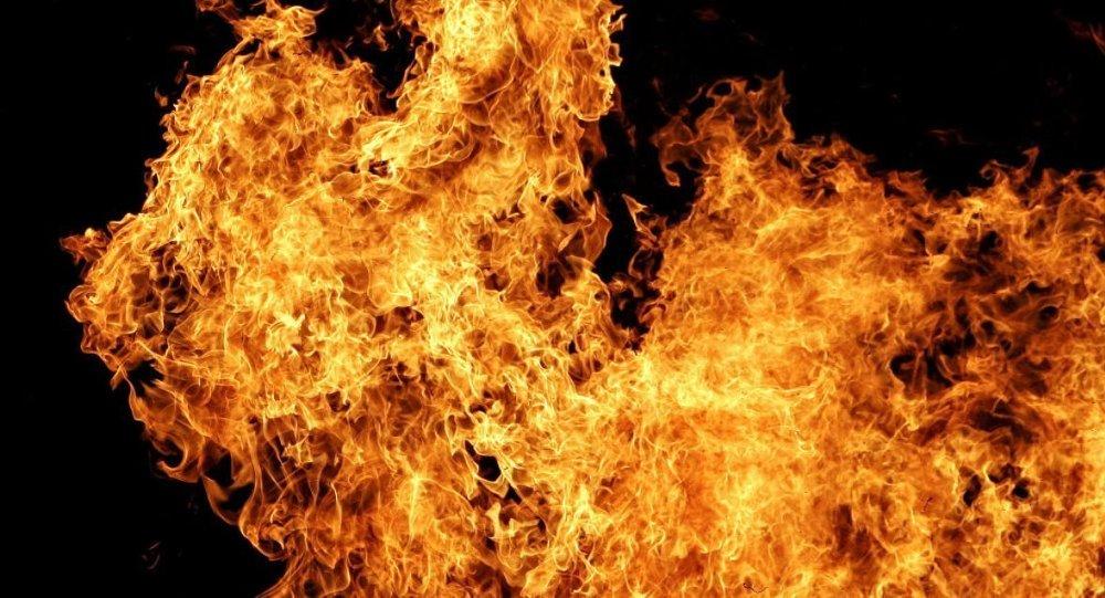 İngiltere'de 'ateş hortumu' görüntülendi