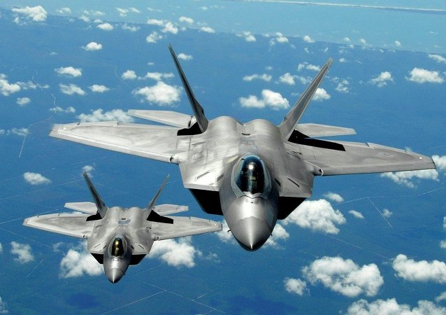F-22 savaş uçağı