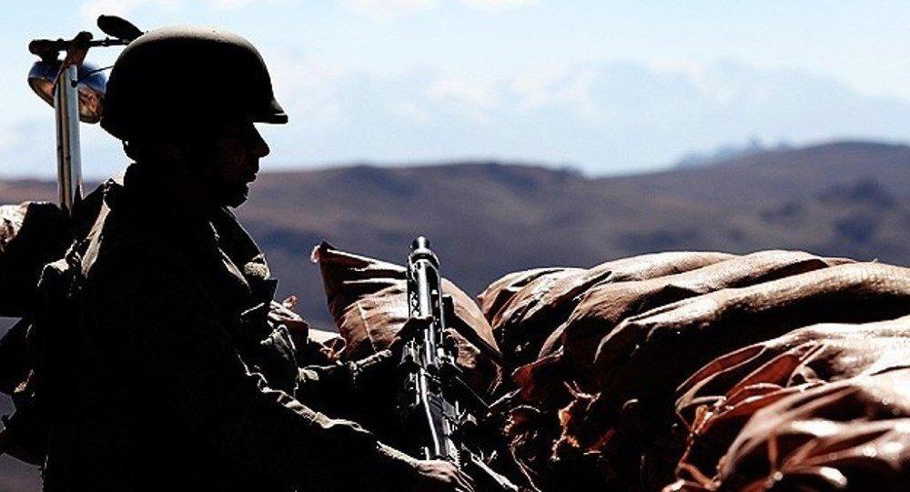 ABD Türkiye'yi savaşa sürüklerken kimleri silahlandırıyor?