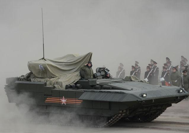 Armata tankı, Zafer Günü kutlamalarında