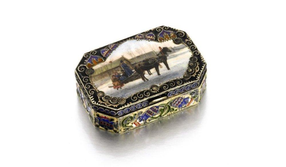 Fabergé yapımı gümüş işlemeli, resimli, mine kutu. Feodor Rückert'in eseri/ Moskova/ 1908-1917.
