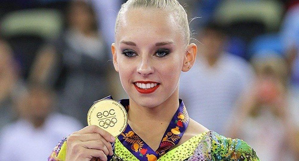 Bakü 2015 Ritmik Jimnastik Rus Yana Kudryavtseva