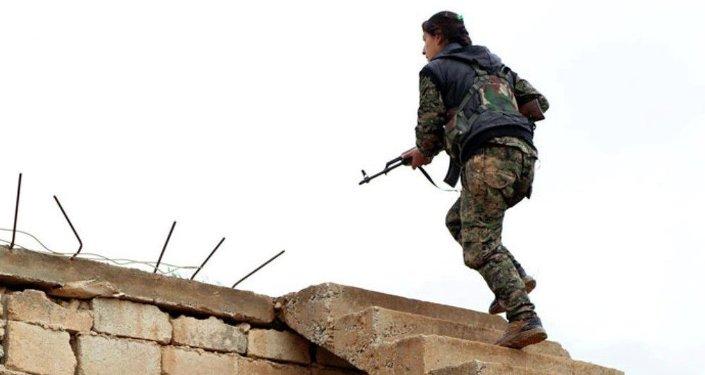 IŞİD'e karşı savaşan Kürt kadınların hayatı belgesel oldu
