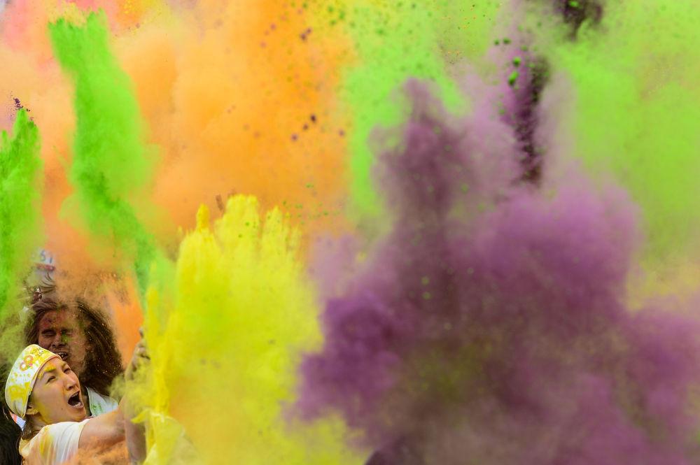 Moskova'da Renkli Koşu