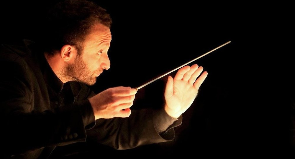 Orkestra şefi Rus Kiril Petrenko