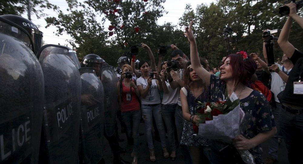 Ermenistan'daki elektrik zammı protestoları
