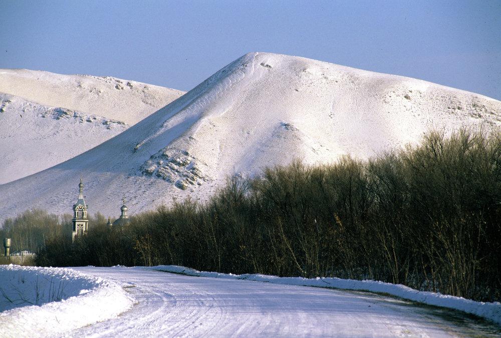 Ural kış manzarası. Sarakaş köyü
